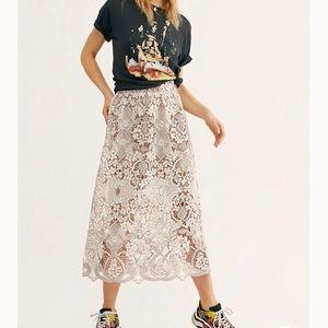 Free People NWOT Bella Beautiful lace skirt.